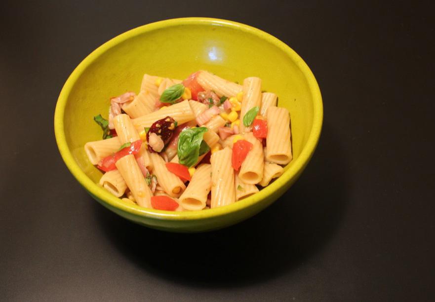 Salade de pâtes toute simple – Basic pasta salad