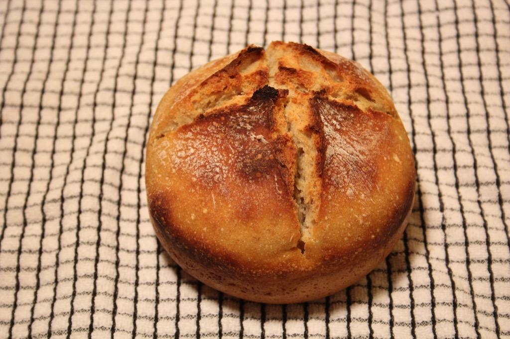 Mon premier pain au levain – My first ever sourdough bread